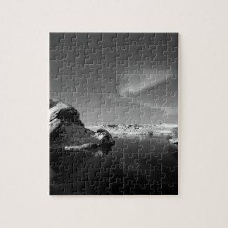 Islandia blanco y negro en invierno puzzle
