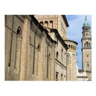 Italia, Parma, torre de la iglesia de San Giovanni Postales