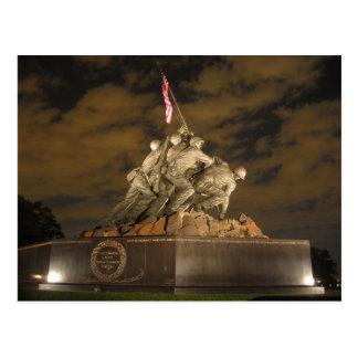 Iwo Jima en la postal de la noche