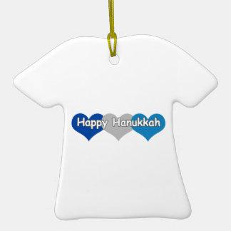 Jánuca feliz adorno de cerámica en forma de camiseta