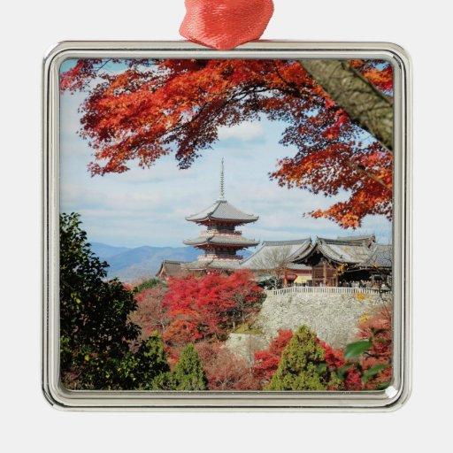 Japón, Kyoto. Templo de Kiyomizu en color del otoñ Adorno Para Reyes