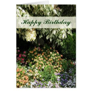 Jardín de flores del feliz cumpleaños tarjeta