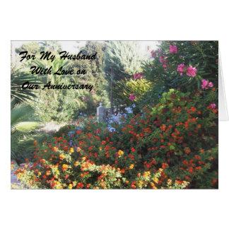 Jardín feliz del marido del aniversario de boda felicitaciones
