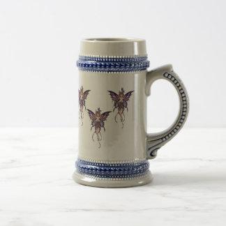 Jarra De Cerveza Gris con la mariposa azul Stein de las hadas