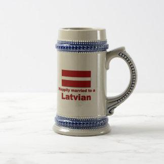 Jarra De Cerveza Latvian feliz casado