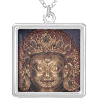 Jefe de Bhairava, fin del siglo XVII Collar Plateado