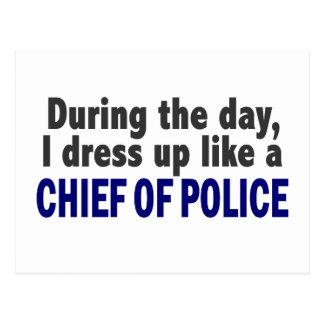 Jefe de policía durante el día postales