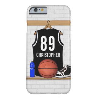 Jersey blanco y negro personalizado del baloncesto funda de iPhone 6 barely there