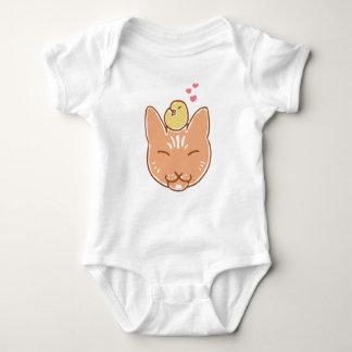 Jersey del bebé del amigo del gatito y del