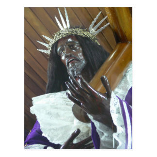 Jesús que lleva la cruz postal