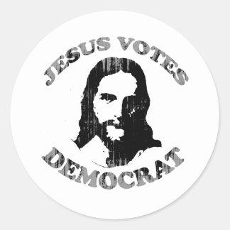 Jesús vota al demócrata Faded png Pegatina Redonda