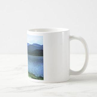 jGibney del arte -36909a1 de las montañas de Taza Clásica
