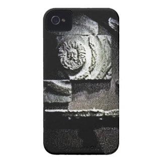 jGibney romano de dios del sol snap-13584 de iPhone 4 Case-Mate Cárcasa