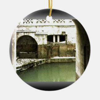 jGibney romano de Inglaterra 1986 Bath1b Adorno Navideño Redondo De Cerámica