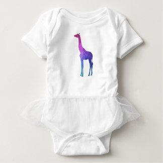 Jirafa geométrica con idea vibrante del regalo de body para bebé