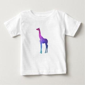 Jirafa geométrica con idea vibrante del regalo de camiseta de bebé