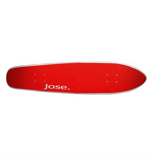 Jose. rojo tabla de patinar