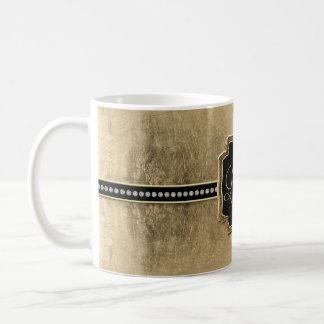 Joya del vintage de la flor de lis de la mirada de taza básica blanca
