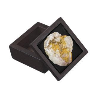 Joyero Geode medio con los cristales blancos y amarillos