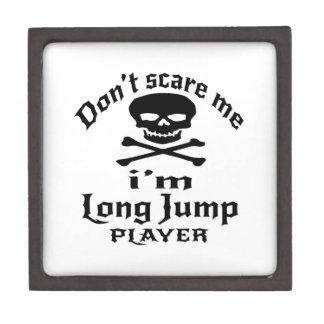 Joyero No me asuste que soy jugador del salto de longitud