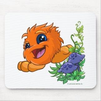 JubJub anaranjado feliz en la central de Neopia Alfombrilla De Ratón