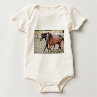 Juego del caballo body para bebé