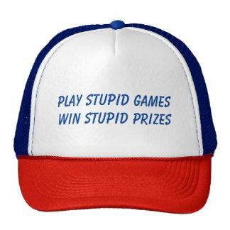Juegos estúpidos del juego… gorras