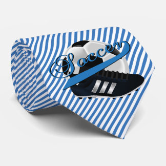 Jugador de fútbol de la raya azul corbata