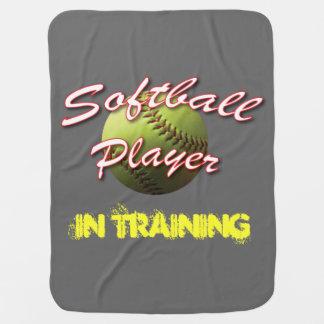 Jugador del bebé del softball en el entrenamiento manta de bebé