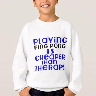 Jugando al ping-pong más barato que terapia sudadera