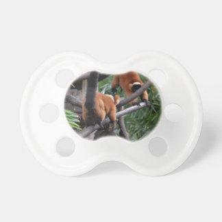 Jugar Lemurs hinchados rojo de los primates Chupete De Bebé