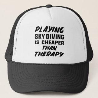 Jugar paracaidismo es más barato que terapia gorra de camionero