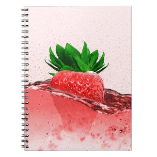 Jugo fresco de la fresa cuaderno