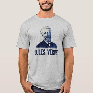 Jules Verne en camisa azul