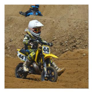 Juventud del motocrós invitación 13,3 cm x 13,3cm