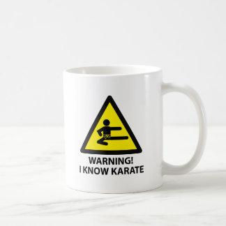 Karate amonestador taza básica blanca