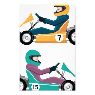 Karting va vehículo de la raza del carro con un papelería de diseño
