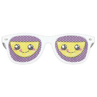 Kawaii, diversión y gafas de sol divertidas del
