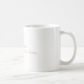 Kenzie subió las tazas de café