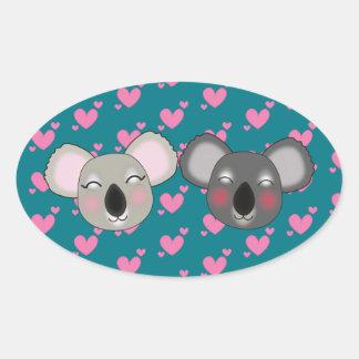Koalas divertidas de Kawaii en pegatina del amor