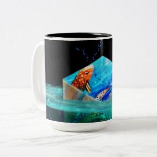 Koi flotante cubica la taza de dos tonos