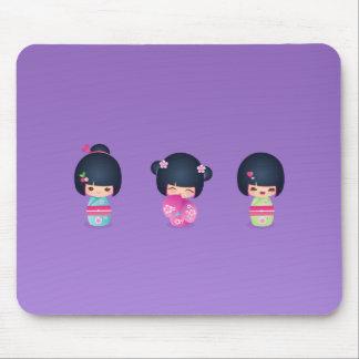kokeshi tres Mousepad
