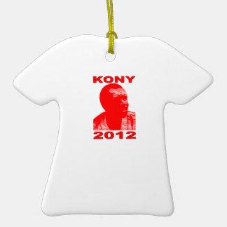 Kony 2012. Haga a los niños invisibles visibles. Adorno Navideño De Cerámica En Forma De Camiseta