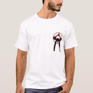 Kyokushin Kanku y correa negra Camiseta