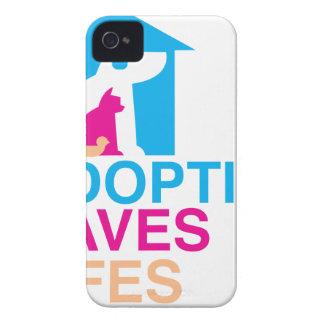 La adopción de los mascotas ahorra Lifes iPhone 4 Fundas