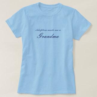 La adopción me hizo a una abuela camisetas