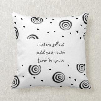 la almohada de encargo añade su propia moda