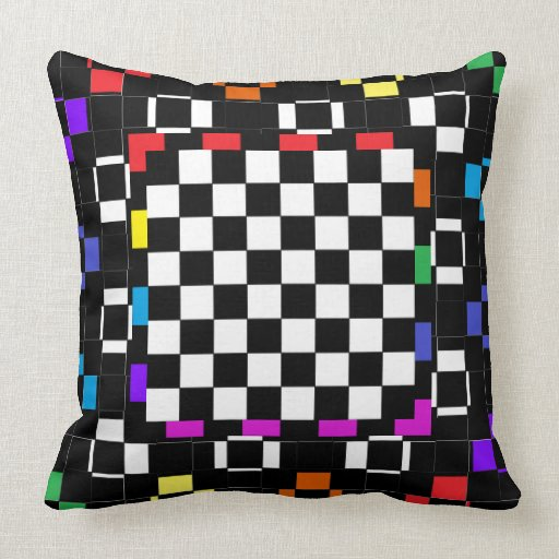 La almohada de la decoración colorea el arco iris