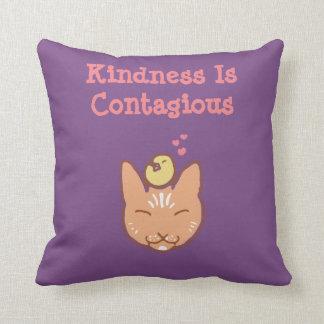 La amabilidad es almohada de tiro contagiosa
