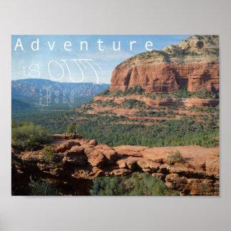 La aventura está hacia fuera allí póster
